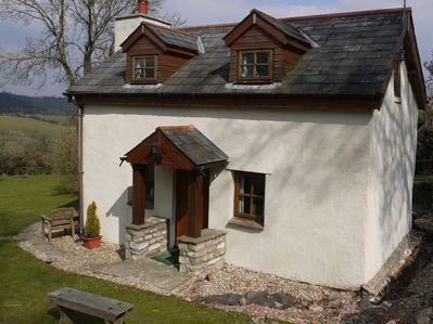 Renovated 18th Century stone cottage, overlooking the Usk valley