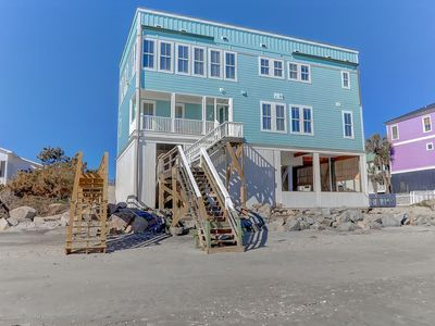 Oceanfront w/Rooftop Deck & Event Home, private beach access