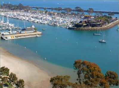 Beautiful Dana Point Harbor 3 Minutes Away