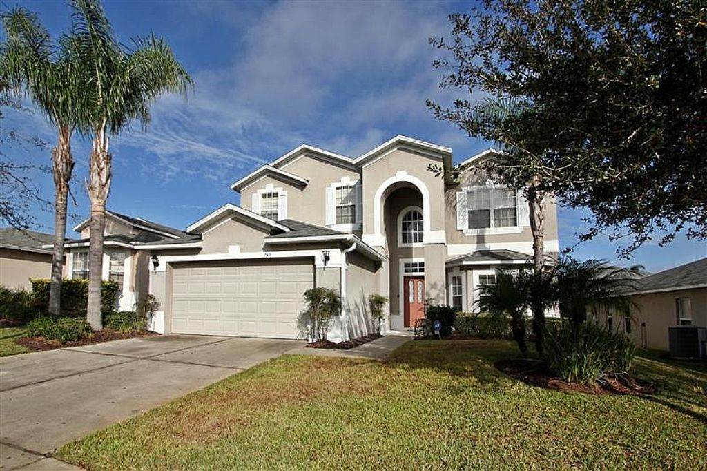 Villa in the hamlet at west haven davenport orlando - 7 bedroom vacation rentals in orlando ...