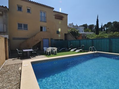 Photo for TERE 86: VERY SPACIOUS HOUSE WITH PRIVATE POOL + WIFI FREE
