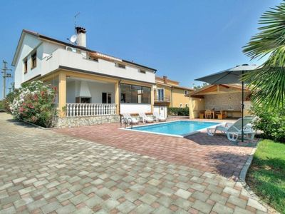 Photo for Holiday house Kastel for 1 - 8 persons with 4 bedrooms - Holiday house