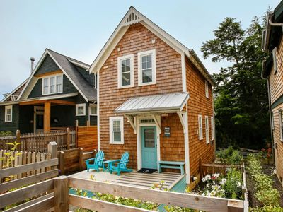Photo for Sandy Crab Cottage: a beach getaway at Seabrook in Pacific Beach