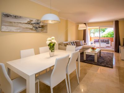 Photo for Luxurious And Spacious, 3 Bedroom Apartment Za16