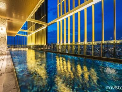 Photo for Cloud Pool/1BR, 4Pax/Close to BTS Promphong