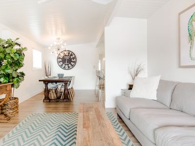 Photo for Just steps to the sand with A/C, Fireplace, Bikes, Parking, Laundry, immaculate!