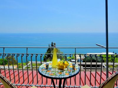 Photo for Casa Lunarella: A characteristic and welcoming apartment which faces the sun and the sea, with Free WI-FI.