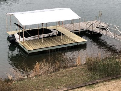 New Covered Dock with more space for enjoying this deep water lake house!