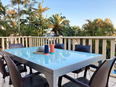 Photo for SPACIOUS HOME JUST 4KM TO SURFERS PARADISE