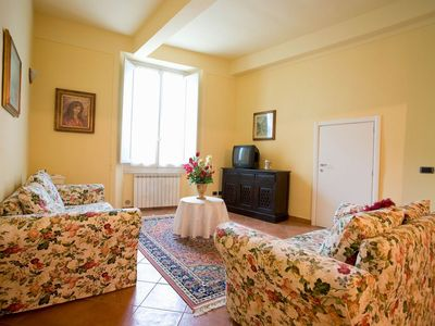 Photo for Large Comfortable apartment near Santa Croce
