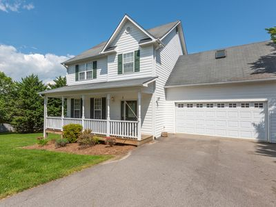 Photo for 'Serenity' - Comfortable Family Home 10 Minutes To Downtown Asheville