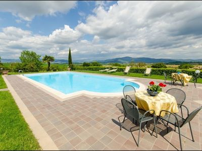 Photo for 2BR House Vacation Rental in Cortona, Toscana
