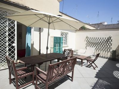 Photo for Apartment 1.5 km from the center of Rome with Air conditioning, Lift, Terrace, Washing machine (369283)