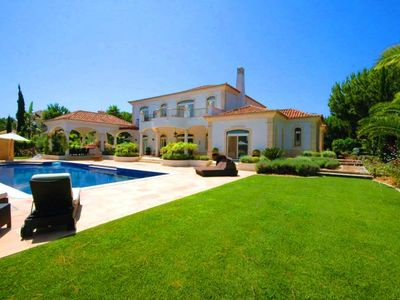 Photo for Luxury villa in the Parque Atlantico area of Quinta do Lago PV08