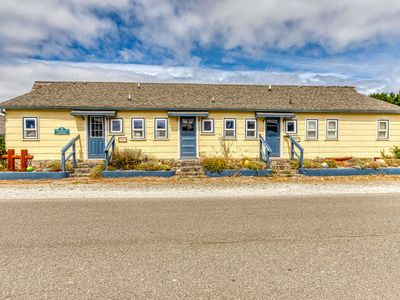 Photo for Dog-friendly duplex in historic Bandon w/ kitchens & ocean views