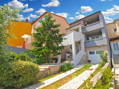Photo for Holiday apartment Pula for 2 - 5 persons with 1 bedroom - Holiday apartment