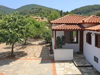 Photo for 2BR Cottage Vacation Rental in Σκόπελος