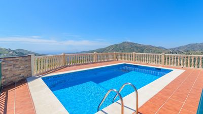 Photo for Nice villa with spacious outdoor between Frigiliana and Competa