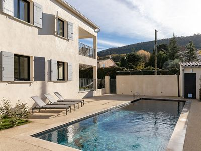 Photo for La Tica - Located at the foot of Mont Ventoux, the ideal cycling holiday.
