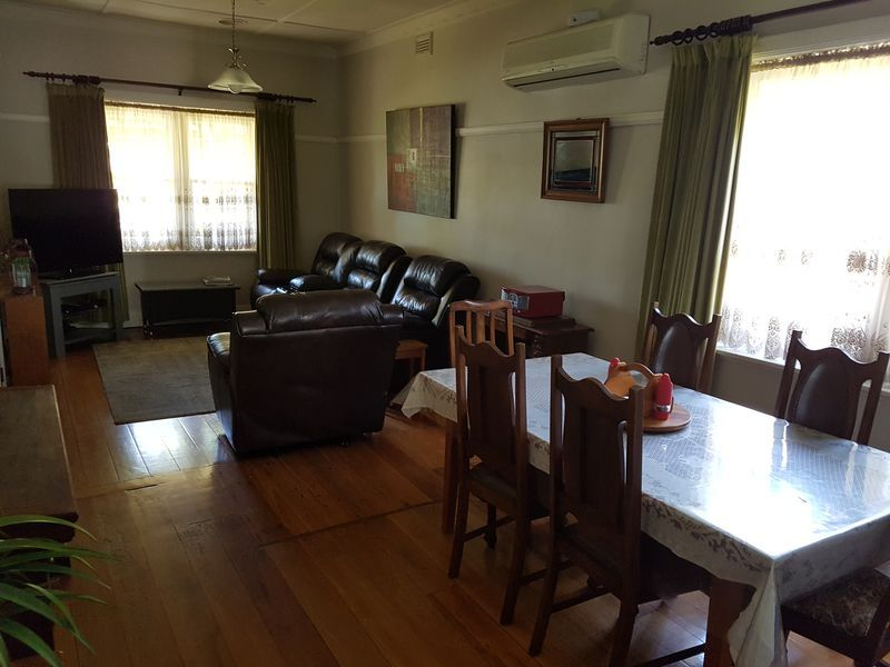 Calbung Stays. Pet friendly family accomodation