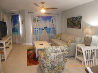 2BR/2BA Almost 1300 SQ.FT. Exceptionally remodeled villa with awesome accents