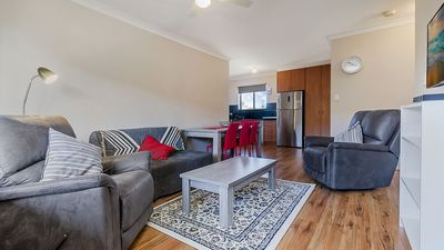 Photo for GREAT UNIT, EVERYTHING YOU NEED. WALK TO BEACH, RESTAURANTS, CAFES, CINEMAS