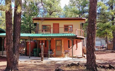Williams Roundhouse cabin, on 1 acre in the Ponderosa Pines, near Grand Canyon