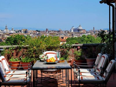 Photo for Rome, Trastevere, elegant apartment for 4 people with panoramic terrace