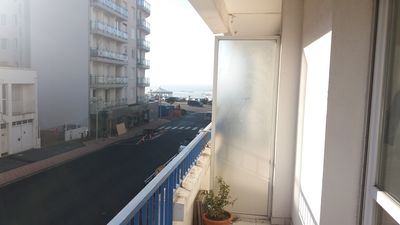 Photo for 4-room apartment. 67 m2. 4 pers. facing south. 100 m sea.