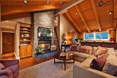 Great room with gas fireplace, entertainment system and ample seating for all!