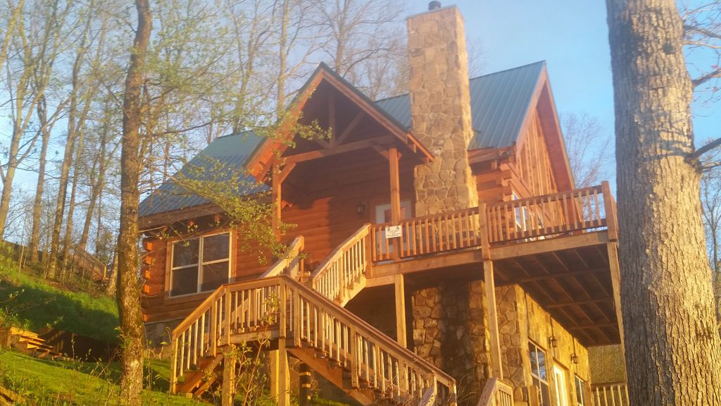 daisy tn chattanooga pigeon forge beautiful cabins cabin affordable for couples near