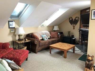 Photo for Cozy Condo, Great Location by Mount Snow, free shuttle, wi-fi, indoor pool
