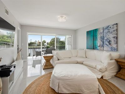 Photo for Charming Bayfront Condo on Golf Shore Dr