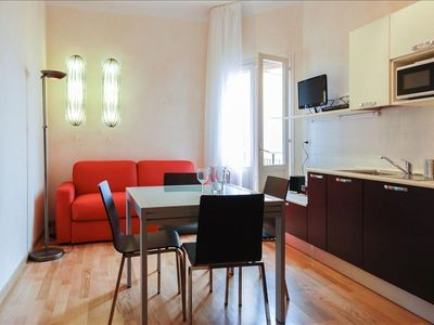 Photo for Marconi VII apartment in Bologna with WiFi, integrated air conditioning, balcony & lift.
