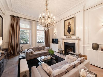 Photo for Majestic mansion at Cadogan Square
