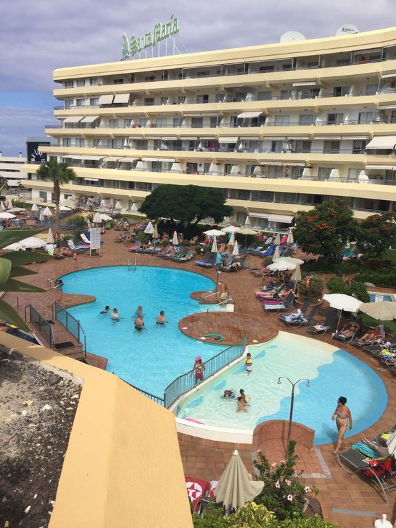 Hotel Apartment, Huge Balcony, Sun Beds, Patio furniture, Sea And ...