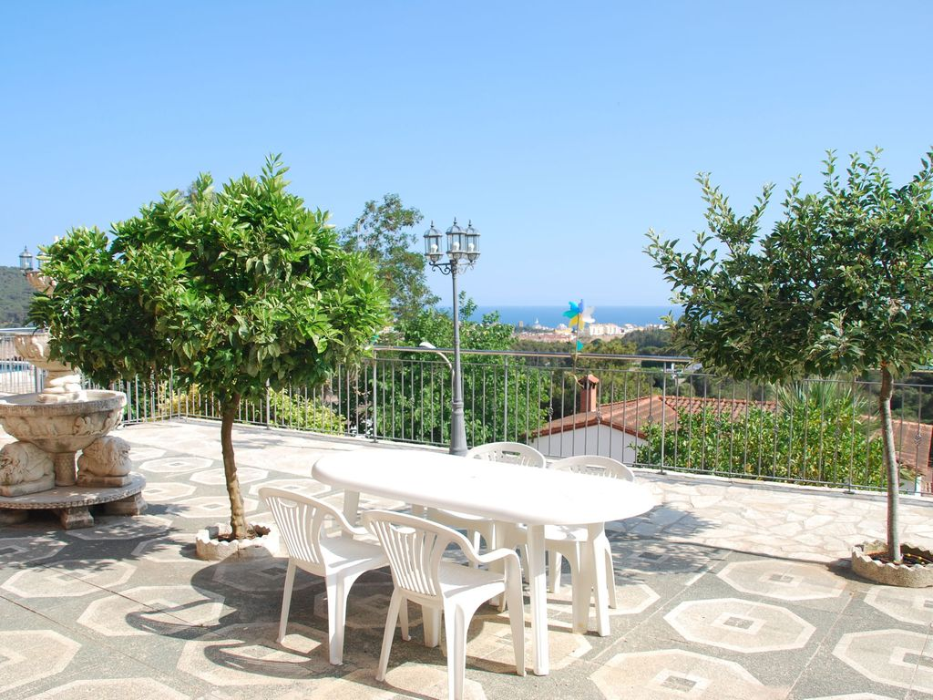 detached villa with spanish décor and private pool with water