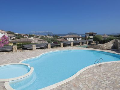 Photo for Holiday Apartment with Wi-Fi, Air Conditioning and Terrace; Parking Available; Pets Allowed