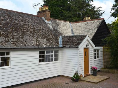 Photo for 4 bedroom House in Stonegate - BT046