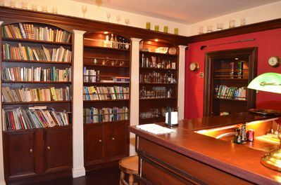 Library with secret doors