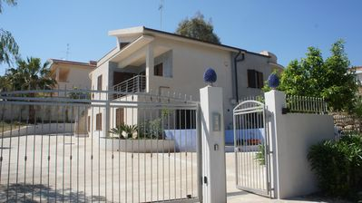 Photo for Houses Yucca apartments 150 meters from the sea