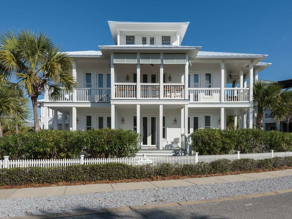 Beautiful Beach House In Carillon Service Included Carriage Available As Well