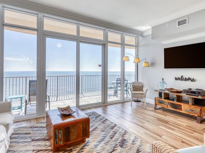 Photo for Updated, waterfront condo w/ shared pools, tennis, gym, & hot tubs