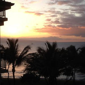 Photo for MAUI / Kaanapali Beach Resort - steps away from beach, pools, spa