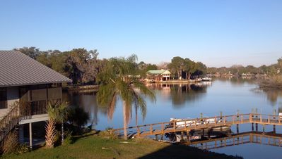 Sunset Point Home with Screened Porch and Private Dock on Homosassa River.