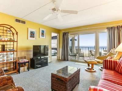 Photo for 3rd Floor, 2 Bed/2 Bath Oceanfront condo (renovated), sleeps 6.  Oceanfront balcony and pool.
