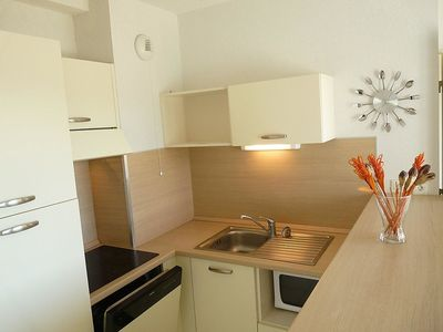 Photo for Apartment in Azille with Parking, Internet, Washing machine, Pool (453986)