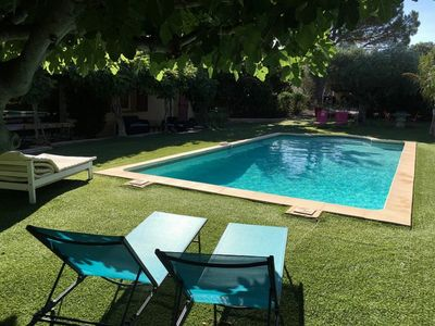 Air-conditioned house near the entrance of Saint-Tropez and 2 minutes from the beach.