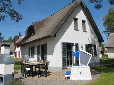Photo for Sea and Mehr Rügen - Holidays under the thatched roof