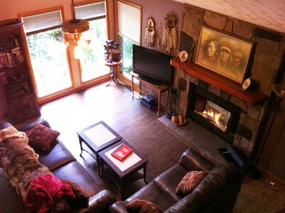 Mtn. Chalet With A Tranquil Setting - Close To Everything!